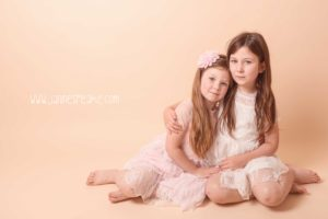 portraits of two sisters in oswestry