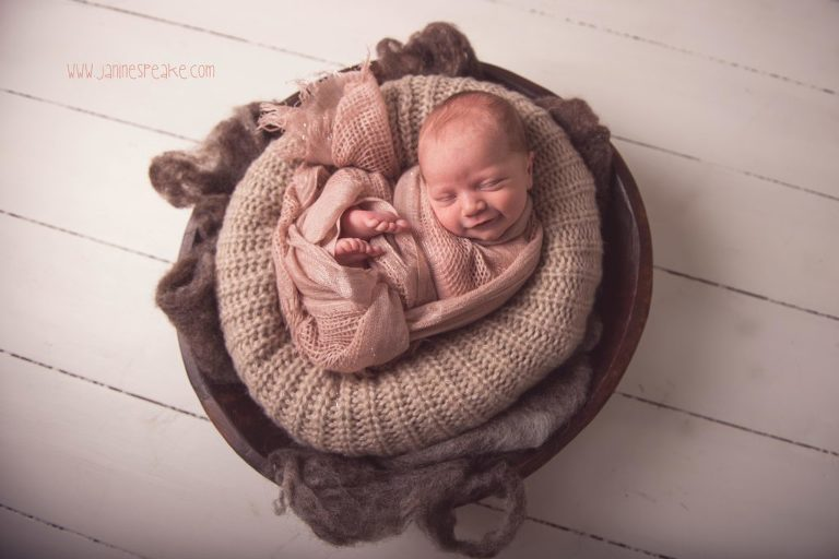 Newborn photographer janine speake