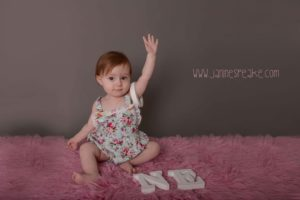 1st birthday photoshoot cake smash oswestry photographer